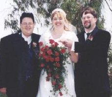 [picture of Dave Lyons, Sarah Lyons, Tom]